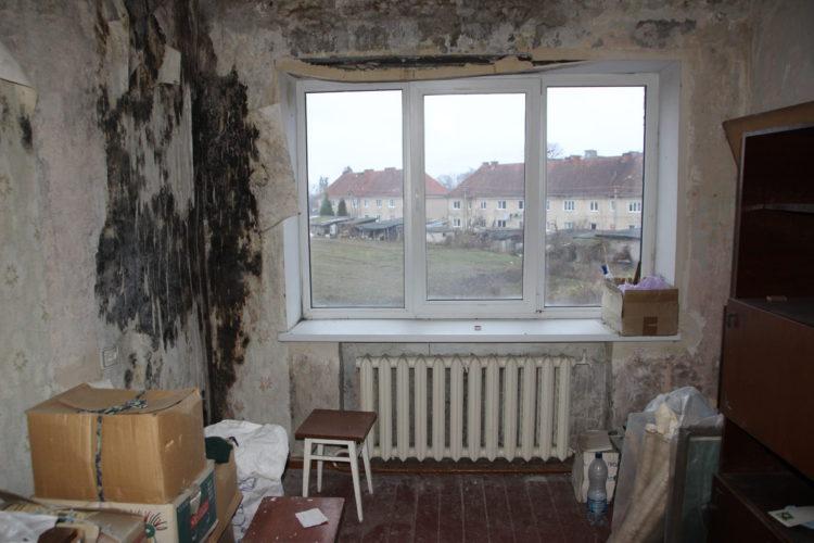 Новости Гвардейска: как живут люди в разваливающемся общежитии и почему чиновникам все равно?