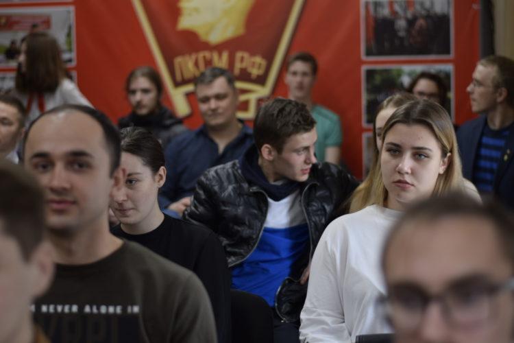 Будущее в руках молодежи. Прошло отчетно-выборное собрание Калининградского комсомола