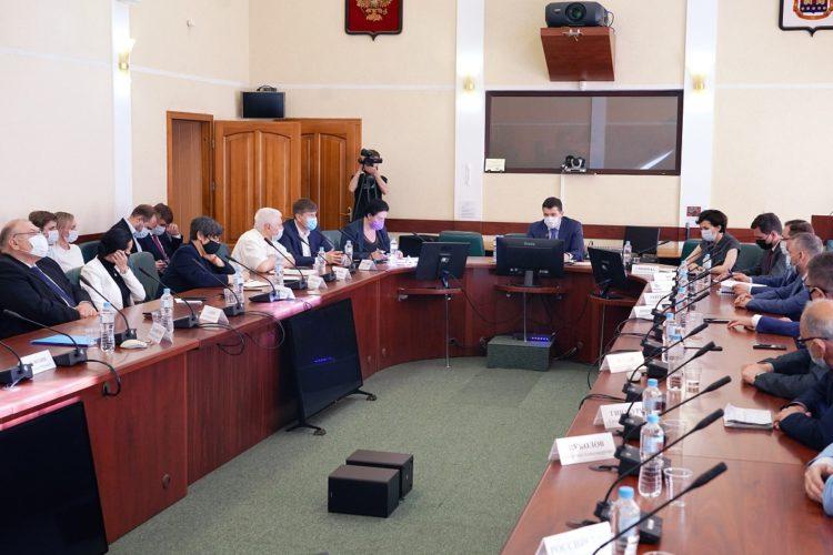 Проблема застройки курортных городов: позиция первого секретаря Максима Буланова